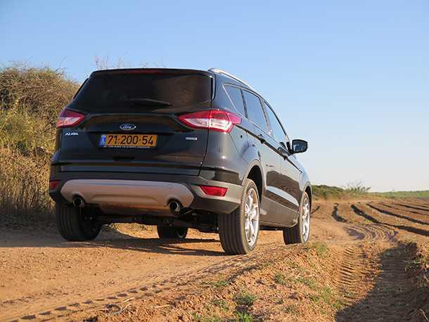 מבחן רכב פורד קוגה. טכנולוגיה וכוח בשטח - קוגה נותן יותר מרכב מנהלים רגיל במחיר דומה - איך הוא ביחס לסביבה? צילום: רוני נאק