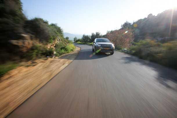 מבחן רכב לנד רובר דיסקברי ספורט. צילום: רונן טופלברג