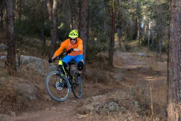 מבחן אופניים נורקו ריינג' קרבון 7.3. סלע גדול סלע קטן למי איכפת... צילום: תומר פדר