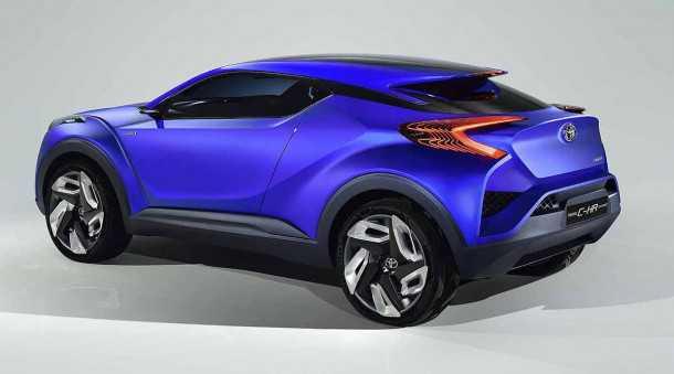 Toyota-C-HR רכב התצוגה שנותן את ההשראה למראה של קרוסאובר חדש של טויוטה. החשיפה במרץ 2016 המטרה ניסאן קשקאי. צילום: טויוטה