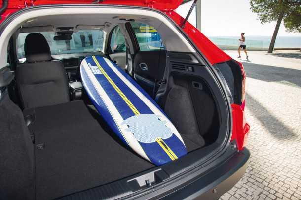 הונדה HR-V. רק הונדה מסוגלת ליצור תא מטען שמוסיף למקדם העליזות של רכב פנאי כמו HRV החדש. צילום: הונדה