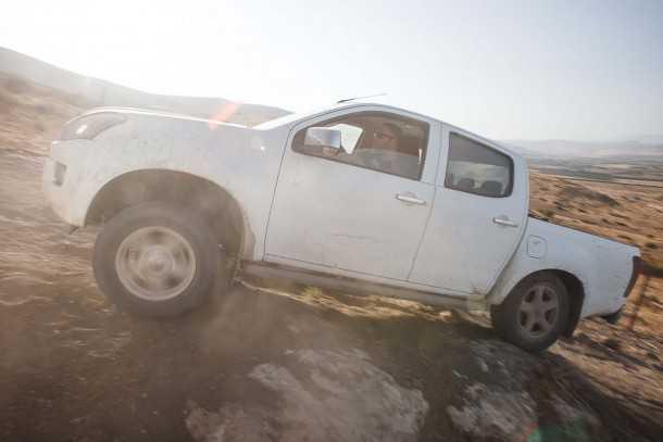 איזוסו דימקס דורש יותר מיומנות מהנהג כדי להתמודד עם שטח טכני. צילום: נועם עופרן