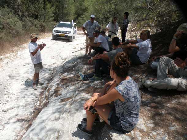 נהיגת שטח עם דאצ'יה דאסטר. נועה עפרוני הצטרפה ליום ההדרכה הראשון בשטח. מי שילב 4X4? צילום: ניר בן זקן