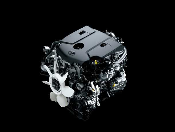 """מבחן רכב טויוטה היילקס 2015. מנוע חדש. 2.4ל', 150 סוסים ו-41 קג""""מ. פחות הספק יותר מומנט וצריכת דלק עדיפה על המנוע היוצא. צילום: TOYOTA"""