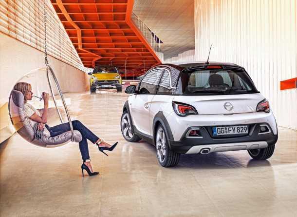 Opel-אופל אדם רוקס. צ'יאו בלה.  אלטרנטיבה מעניינת לפיאט 500. צילום: אופל