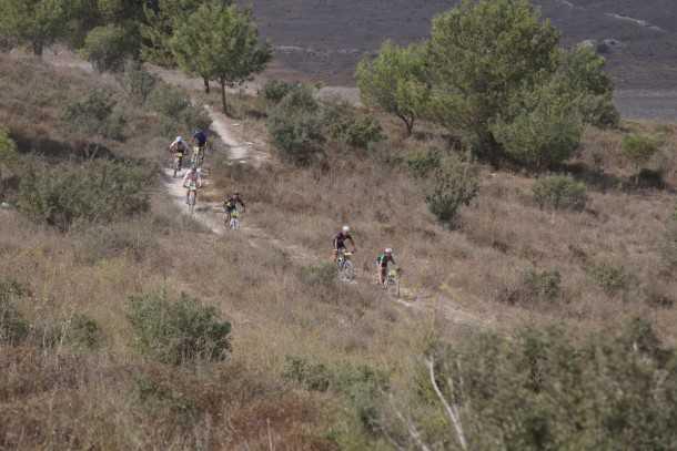 מסלול טיול לאופניים בעקבות אפיק ישראל. צילום: רונן טופלברג
