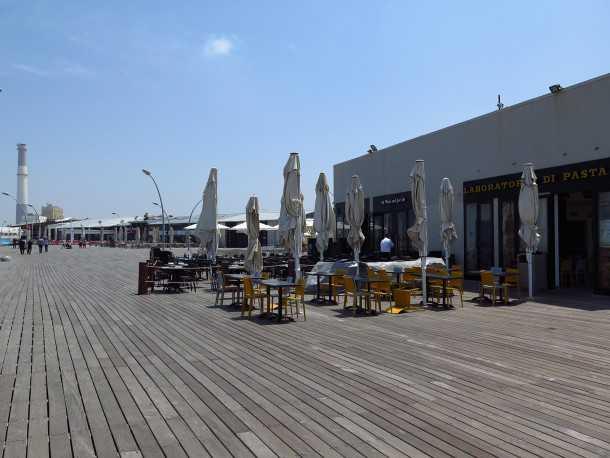 טיול אופניים בין נמל יפו לנמל תל אביב עם המון מה לראות, ללמוד ולטעום. צילום:רוני נאק