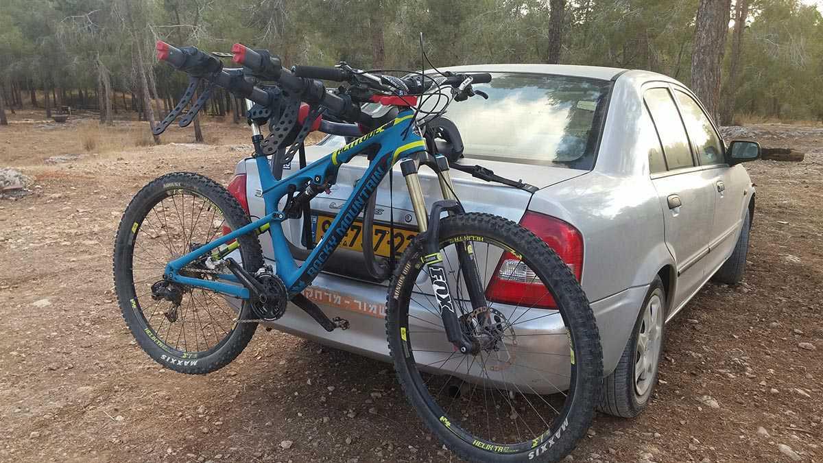 בדקנו מנשא אופניים YAKIMA kingjo 3 pro מחיר 1350 שקלים. צילום: רוני נאק