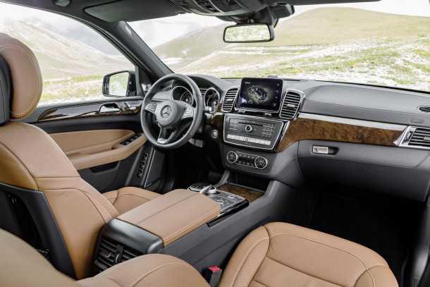 מוביל נוסעים או SUV? מרצדס GLS - מתיחת פנים של ה-GL הגדול. אצלנו מכ-700 אלפי שקלים. צילום: מרצדס