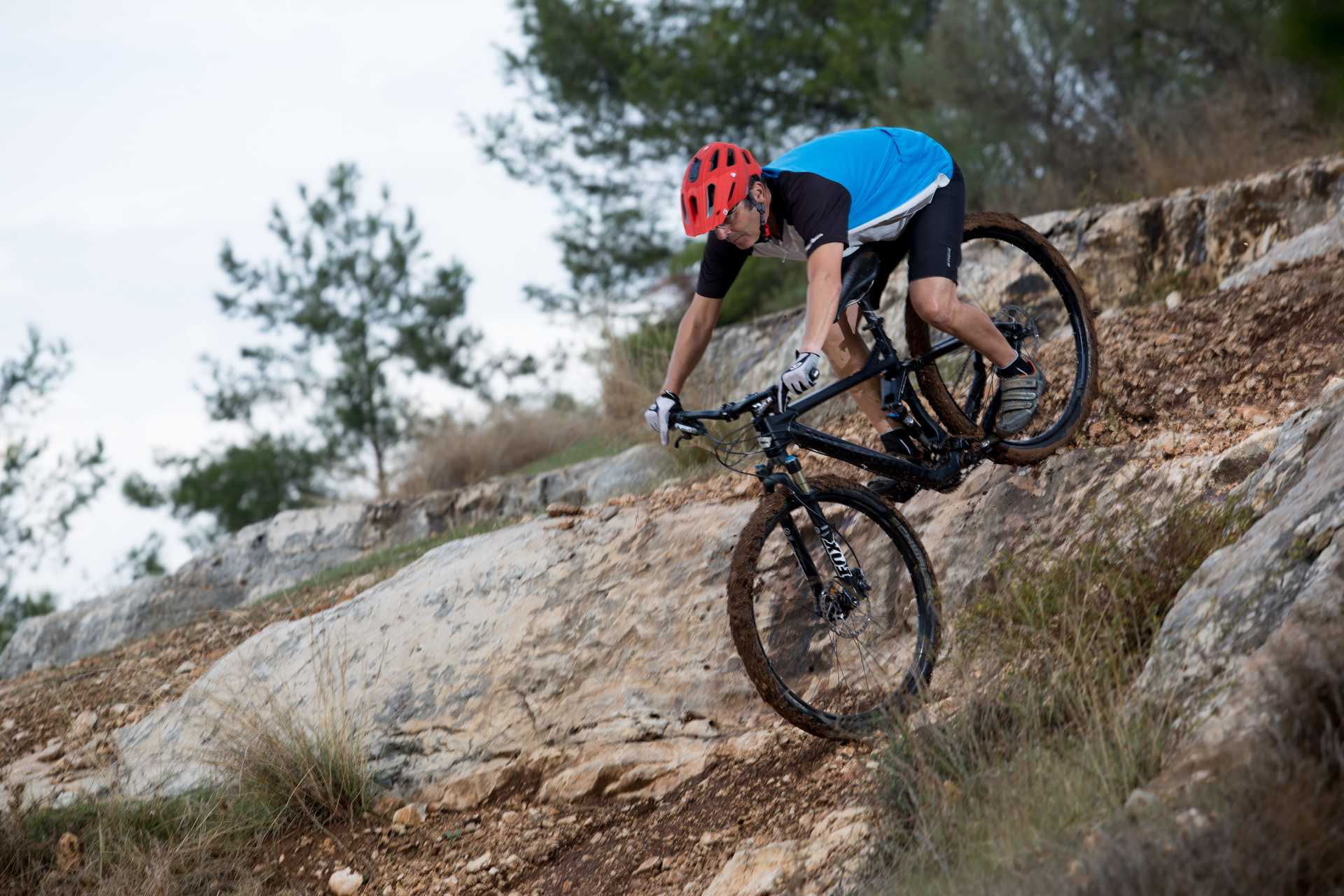 מבחן אופניים ברגמונט קונטרייל 8.0. שלדת קרבון, איבזור משובח ותג מחיר חדש ואטרקטיבי. צילום: תומר פדר