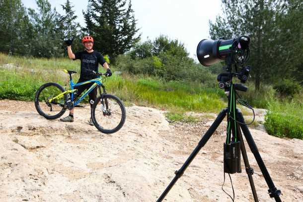 מבחן אופניים ק.ט.מ LYCAN LT 274. זול וטוב? אולי לא זול באופן מוחלט אבל בהחלט מרגישים כמו אופניים של 25K שקלים. נזדרוביה! צילום: תומר פדר