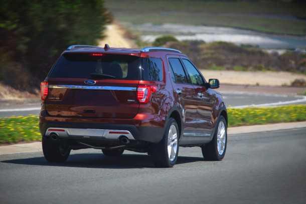 מבחן רכב פורד אקספלורר. רק 360 אלפי שקלים וכל זה יהיה שלכם. צילום: פורד