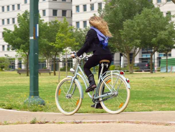 ברגמונט סאמרוויל. אופניים מודרניים במראה רטרו של שנות ה-50'. מוצר מאד מוקפד אבל גם אופניים יעילים. צילום: רוני נאק