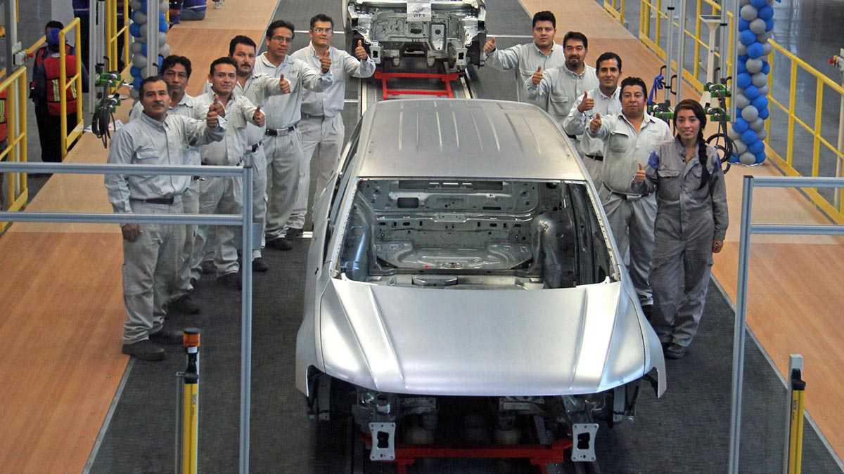 פולקסווגן מתחילה יצור של טיגואן עם בסיס גלגלים ארוך - גרסה אשר תגיע גם לישראל. צילום: פולקסווגן