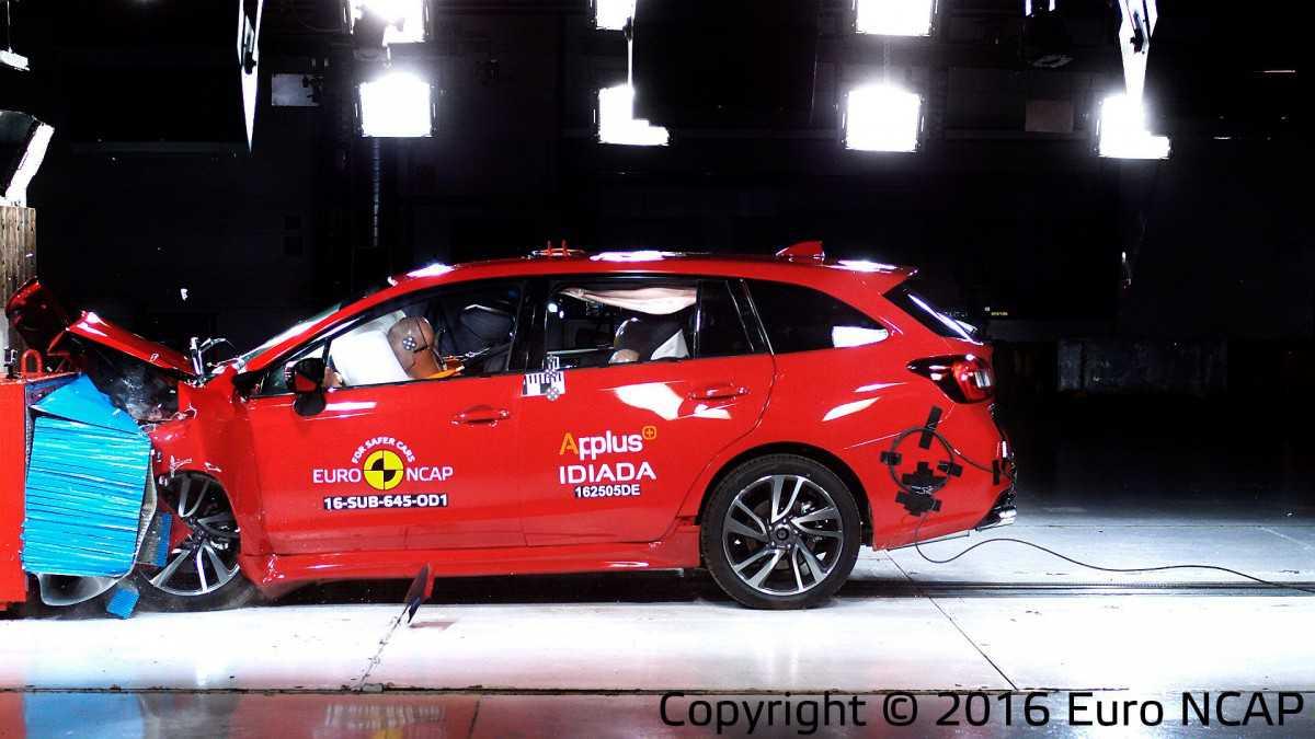 מבחני בטיחות NCAP - סובארו לבורג מתרסקת בצורה הבטוחה ביותר לנוסעים בה. צילום: NCAP