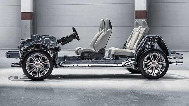 ג'יילי לינק 01 - רכב פנאי עתיר קישוריות עם תקינה אירופאית ועיצוב סקנדינאבי. האם זה הרכב הסיני שייפרוץ את ראש הגשר לאירופה? זה נראה כמו פלטפורמה מודולארית. האם ל-01 יהיו אחים נוספים על בסיסה? צילום: ג'ילי