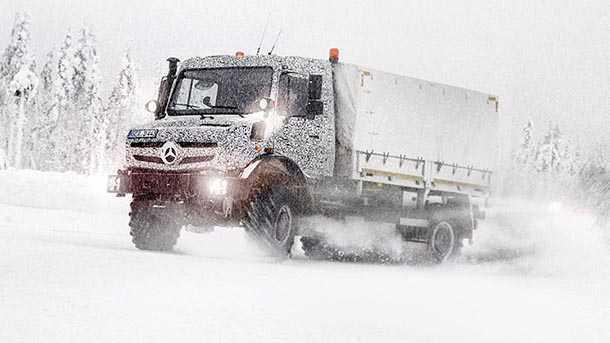 מרצדס יונימוג מציין 70 שנות השתכשכות בבוץ ומשחקי שלג. כלי חקלאי וצנוע שהפך לאגדה. צילום: מרצדס