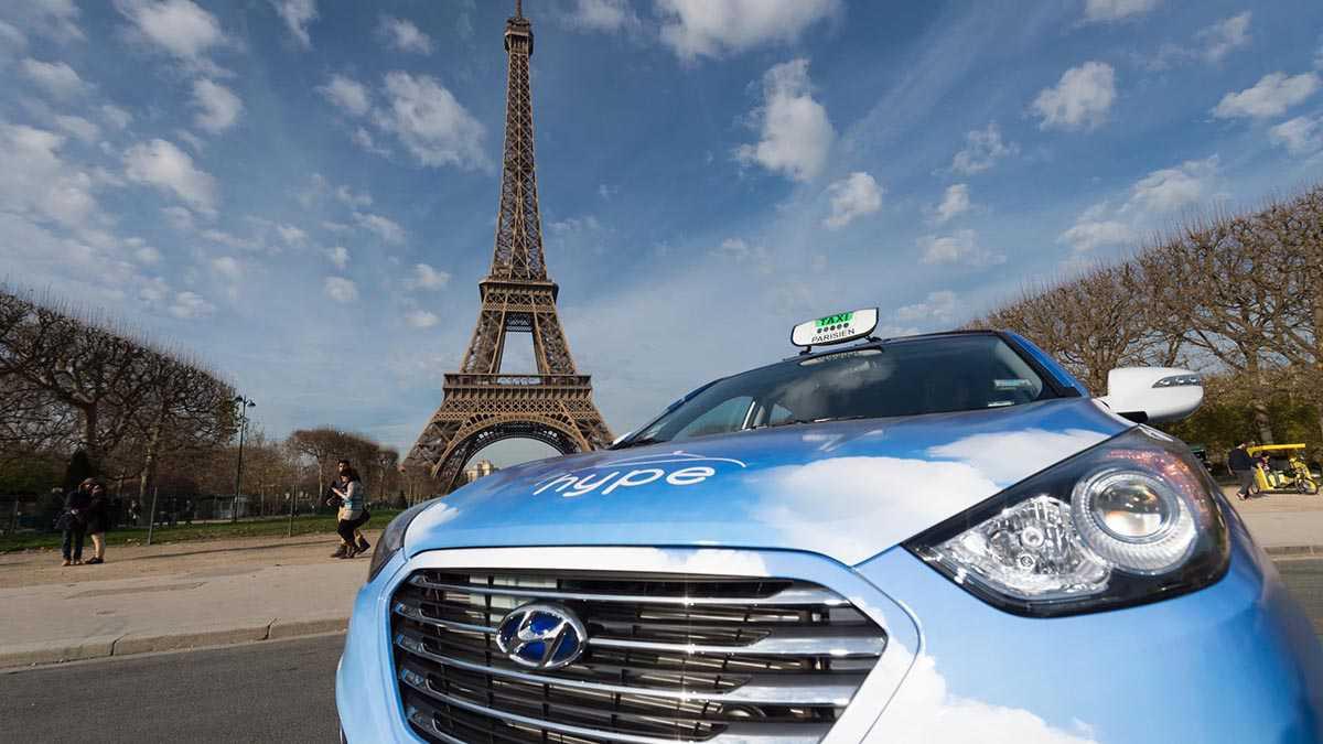 מונית יונדאי IX35 מימנית בפריז - בקרוב תופעה רחבה יותר. צילום: יונדאי