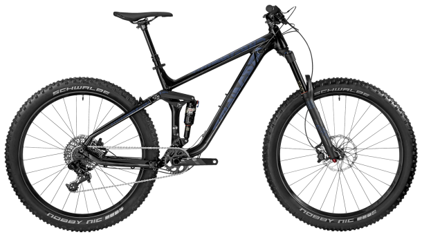 מבחן אופניים ברגמונט טריילסטר 7.0 PLUS. זווית ההגוי חדה ומפצה במידת מה על תמוכות שרשרת ארוכות. לשלדה איזון טוב בין זריזות היגוי ליציבות כיוונית והאיכות הכללית טובה מאד. צילום: ברגמונט