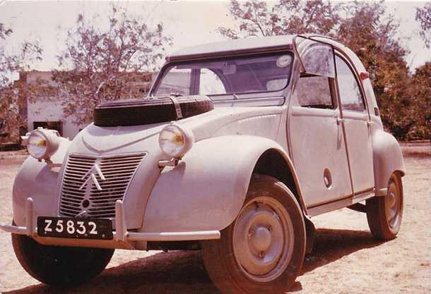 1965 Citroen 2CV Sahara רק 60 אלף לישט אחרי שיפוץ לרמת הבורג. מכלי הרכב הנדירים שיש. צילום: סיטרואן