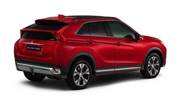 מיצובישי אקליפס קרוס - שם ישן מראה חדש לרכב פנאי קטן וחדש של מיצובישי אשר יגיע עוד השנה כם לישראל. הערכת המחיר שלנו עומדת על כ-140 אלפי שקלים. צילום: מיצובישי