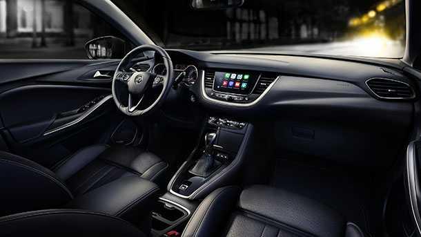 אופל גרנדלנד - רכב פנאי עתידי אשר עתיד להחליף את אופל זאפירה כמובילת נוסעים. צילום: אופל