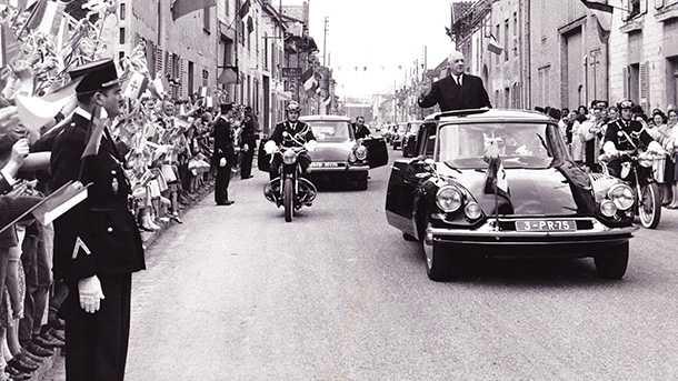 וזה דה גול בצילום משנת 1963 על DS צילום: ארכיון סיטרואן