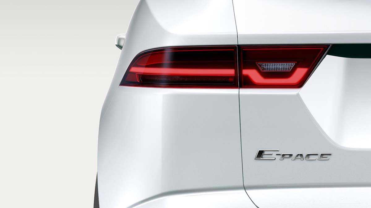 יגואר E PACE - קדימון טיזרי ומעורר לרכב פנאי חשמלי של יגואר. צילום: יגואר