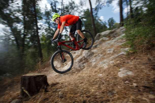 מבחן אופניים סנטה קרוז הייטאואר. אופני שבילים אגרסיביים, ממותג נחשב, במחיר מפתיע למותג ולמרות שאינם מושלמים הם יצרו המון כיף. צילום: תומר פדר