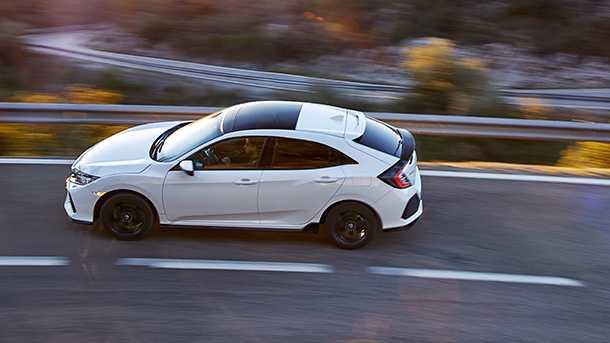 נהיגה ראשונה ומבחן דרכים הונדה סיוויק 1.5ל' - הכנה לטייפ R? צילום: הונדה