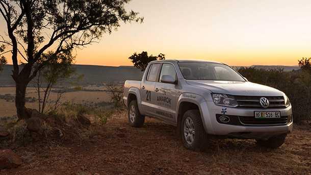 לאפריקה עם פולקסווגן אמארוק V6. יהיה חזק. כאן באפריקה. צילום: VW