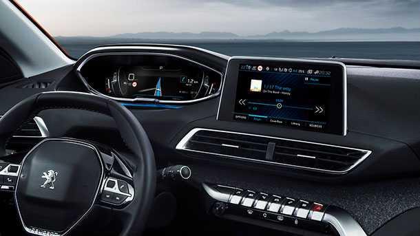 מבחן דרכיים פיג'ו 3008 דיזל פרימיום. חבילת בטיחות אקטיבית מרשימה מאד יחד עם מנוע דיזל חסכונית ומחיר סופר תחרותי. צילום: פיג'ו