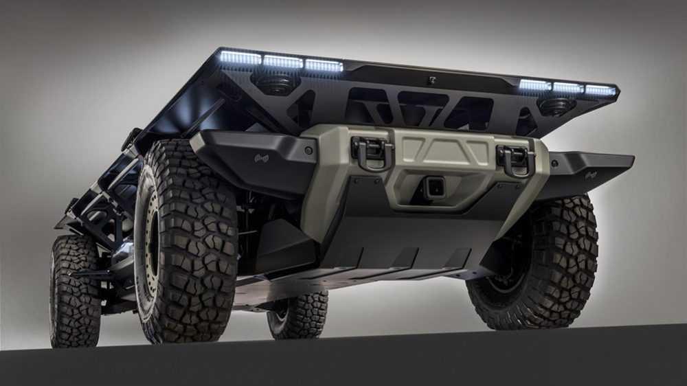 GM סורוס כלי רכב מבצעי לשטח עם הנעת תאי דלק/חשמל ויכולת אוטונומית מלאה. מבנה מודולארי מאפשר התאמה של מודולים לכל משימה. צילום: GM