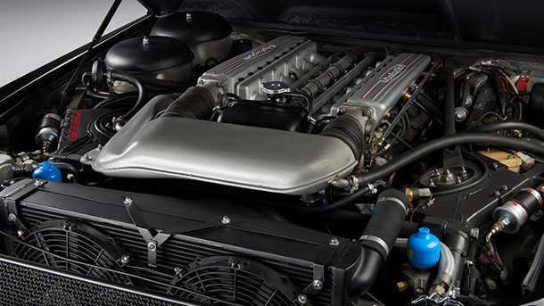 """מנוע 12V צווחני עם 450 כ""""ס של ה-LM002. צילום: למבורגיני"""