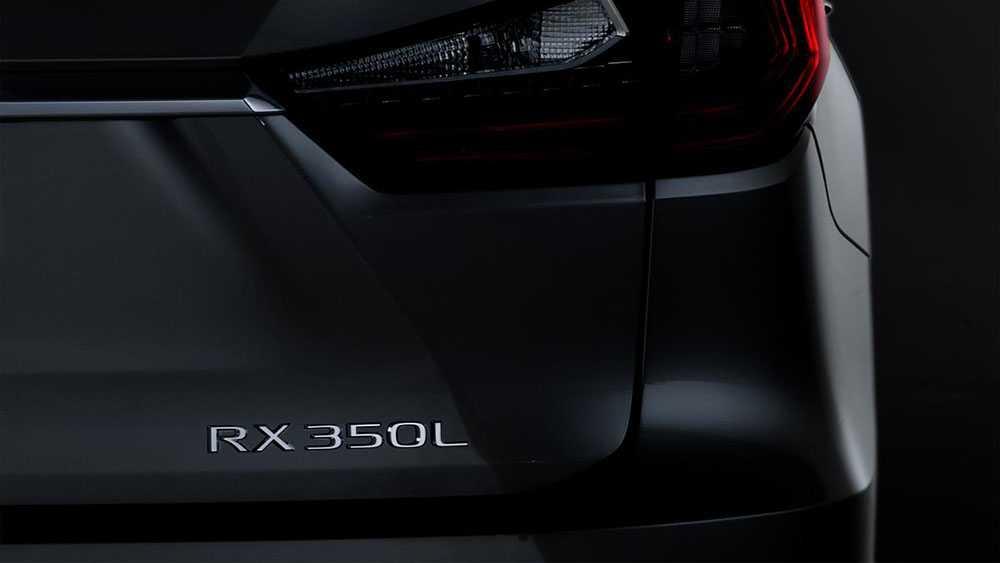 לקסוס תחשוף בקרוב גרסת 7 מושבים של ה-RX. האם יהיה גם היברידי? צילום: לקסוס