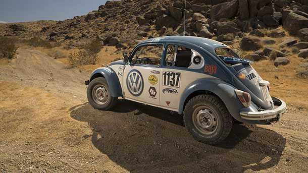 """מפלצת השטח הנוראית הזו - המוכרת גם כ""""חיפושית"""" מקבלת סיוע ממקום לא צפוי - מפעל פולקסווגן. צילום: VW"""