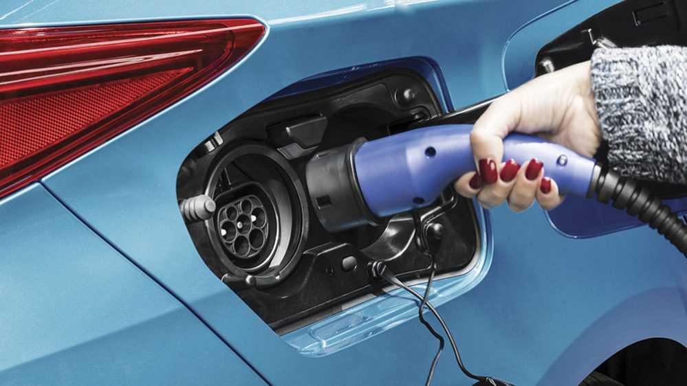 טויוטה מתעוררת ויוצרת שותפות עם פאנאסוניק לזירוז הפיתוח של סולות לרכב חשמלי. צילום: טויוטה