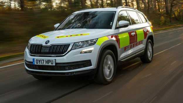 רכבי חילוץ והצלה מקוריים של סקודה - איבזור והתקנה ישירות מהמפעל לשוטר. צילום: סקודה