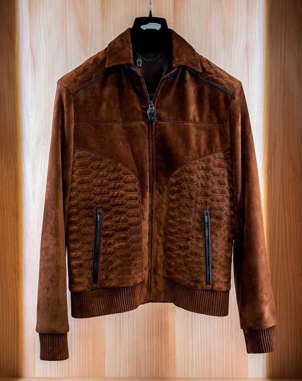 למבורגיני אורוס - המוקסינים, הג'קט ואפילו טרולי קרבון - שווה לכל כיס עשיר. צילום: למבורגיני