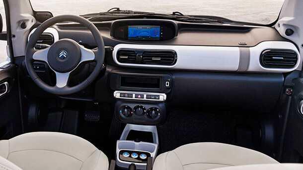 סיטרואן E מהרי חשמלית עכשיו גם עם גג - וחלונות. בתוספת של 1,200 אירו בלבד תוכלו לקבל את הגרסה הקשיחה של רכב הפנאי החשמלי הזעיר של סיטרואן. צילום: סיטרואן