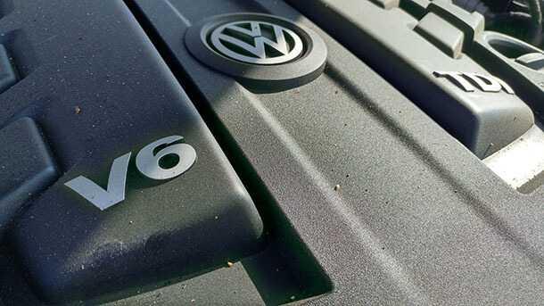 מבחן דרכים טנדר פולקסווגן אמארוק V6 - 250 אלף שקלים ויש לכם שילוב מושלם של רכב פנאי עם כישורים של טנדר. צילום: רוני נאק
