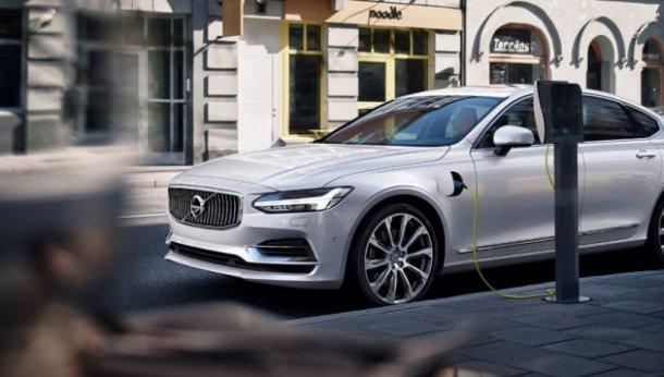 """ניסאן ומאזדה חושבות שיוכלו ליצר מנועי בעירה פנימית עם רמות זיהום של מכוניות חשמליות. וולוו: """"משנת 2019 כל הדגמים יהיו חשמליים"""". צילום: קיה"""