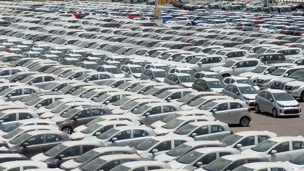 שוק הרכב באירן - רובו ככולו מיצור מקומי - עם איסור יבוא של מותגי יוקרה ונפחים גדולים. הצצה ליריבה מימין על המפה. צילום אילוסטרציה: רוני נאק