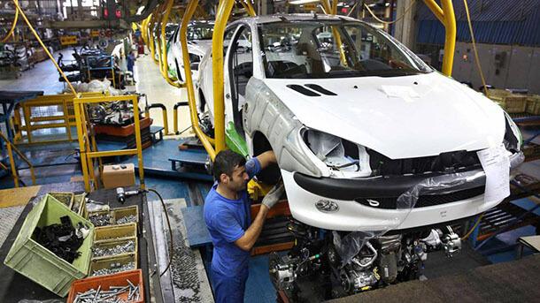 קו היצור של פיג'ו 206 עדיין חי ופעיל במפעל בטהרן. צילום: financial tribune