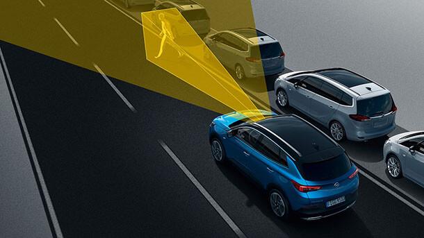 מבחן דרכים אופל גרנדלנד X - עיצוב ואופי ייחודי, יחידת הנעה מתקדמת ומערכות בטיחות אקטיביות. רכב פנאי מתקדם של אופל שכדאי לצרף לרשימת השיקולים כשבוחרים מההיצע הגדול שיש כרגע. צילום: אופל