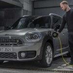 בריטניה מפתיעה ועוצרת מענקים למכוניות היברידיות הסיבה: רוצים מעתה לעודד מעבר למכוניות חשמל ומימן. צילום: מיני