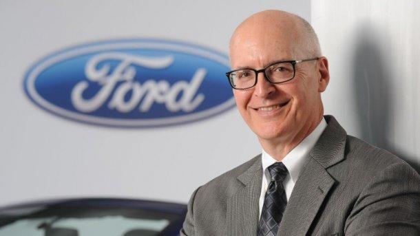 """זה רוברט (בוב) שאנקס סמנכ""""ל הכספים של פורד המנהל את המו""""מ עם VW ואומר שכל נושא יכול לעלות לדיון לתועלת שני הצדדים. צילום: פורד"""