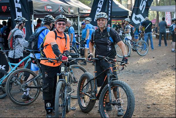 עדיין מתלבטים? בואו לשים ישבן על בציר 2019 של מיטב אופני ההרים בדמו דיי של מגזין bike. בשישי הזה במצפה מודיעין. צילום באדיבות BIKE.IL