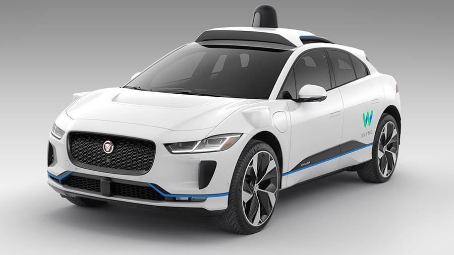 Waymo היא הראשונה לקבל אישור להעלות אבות טיפוס של מכוניות אוטונומיות לנהיגה ללא נהג בכבישים ציבוריים. אנחנו צריכים להיות מודאגים? צילום: וויאמו
