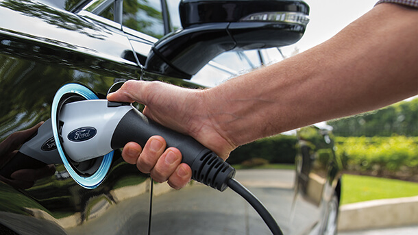 """VW רוצה יותר - שמה עין על מפעלי פורד בארה""""ב. יותר מרק שיתוף פלטפורמות לרכבים חשמליים? צילום: פורד"""